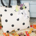 No-Sew Trick or Treat Bag, perfect to bling out your Halloween bag!