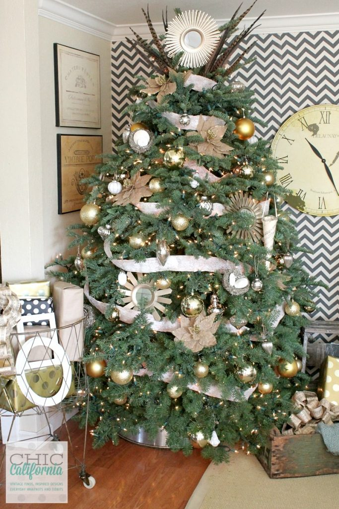 17 Unique Christmas Tree Stand Decoration Ideas