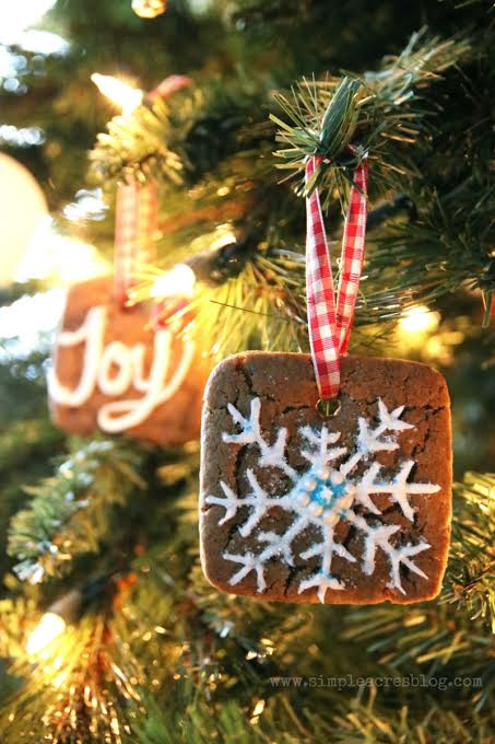 Make yummy cookies, gingerbread houses AND ornaments with this easy gingerbread cookie recipe!