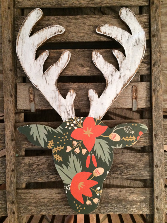 So cute!! Love this floral rustic reindeer head! CUTE!