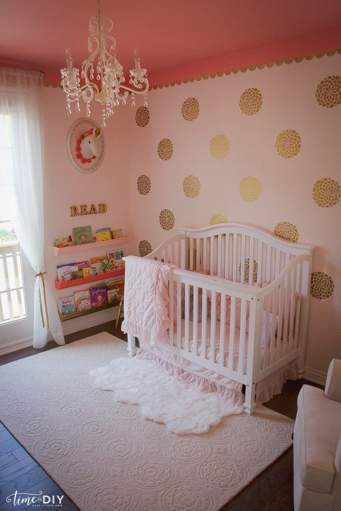 Toddler Girl Room Interior Design: Gallery Wall Decorating Tips And Tricks