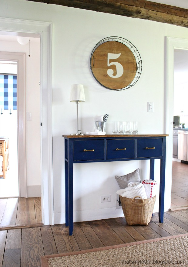 DIY Dining Room Sideboard Table, love it! Such talent to build this cutie from scratch, awesome tutorial!
