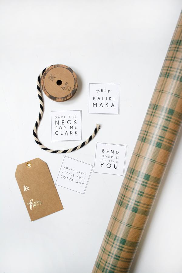 Free vacation printable tags, cute free printable for Christmas!