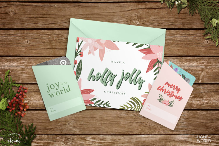 Free printable gift card holders. Love these free Christmas printables from Kiwi in the Clouds! #LightTheWorld