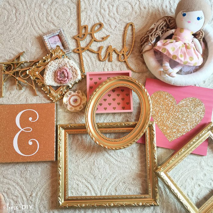 Cutest Gallery Wall Ideas, perfect for a nursery or girls room. Darling!