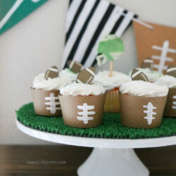 easy DIY football game day decorations