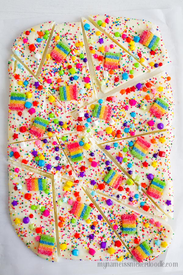 Candy Rainbow Bark. SO GOOD!
