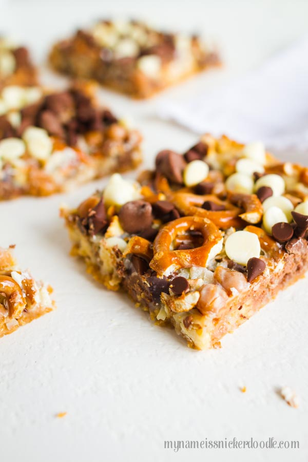 Magic Cookie Bars with Caramel and Pretzels, YUM! Easy dessert and so good!