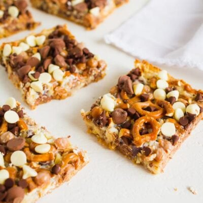 Magic Caramel Pretzel Cookie Bars