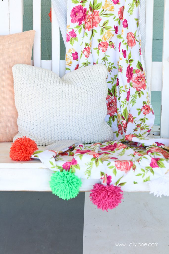 DIY Pom Pom Throw Blanket, so easy and CUTE! Great tutorial for sewers of any level!
