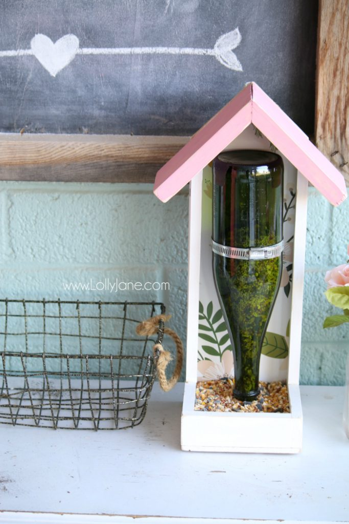 DIY Bird Feeder Glass Bottle Upcycle | How to make a bird feeder from a glass bottle. Easy to follow plans for a diy bird feeder. Love this wood bird feeder step by step tutorial using a Martinelli bottle! Great upcucle idea!