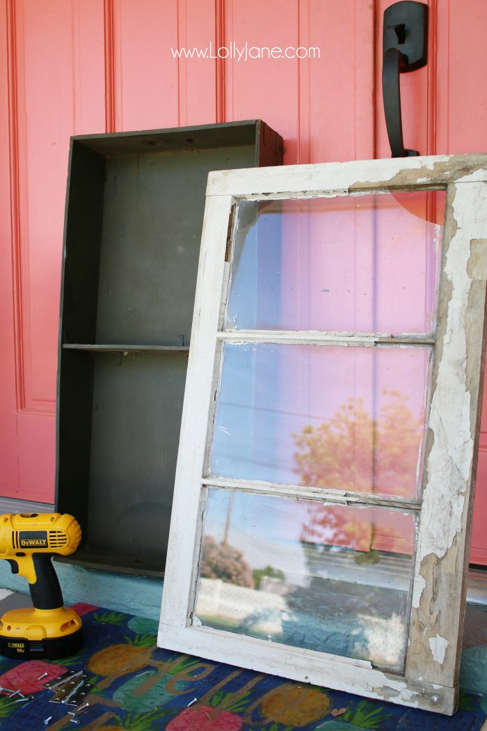 You're not going to believe what this vintage trunk insert and old window make!!