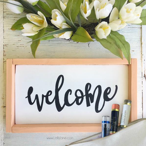 GIVEAWAY! Click to win this beautiful WELCOME sign AND a LipSense kit!