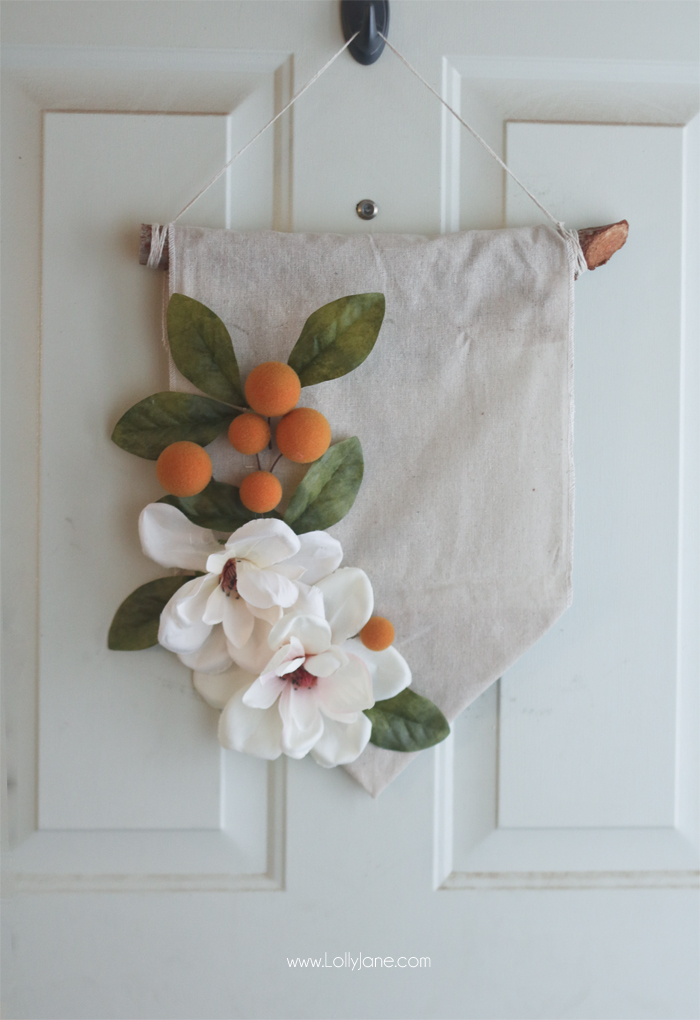 DIY Hanging Wall Banner, summer style! So easy!!! Made in less than 20 minutes for under $10! (And NO-SEW, yay!)