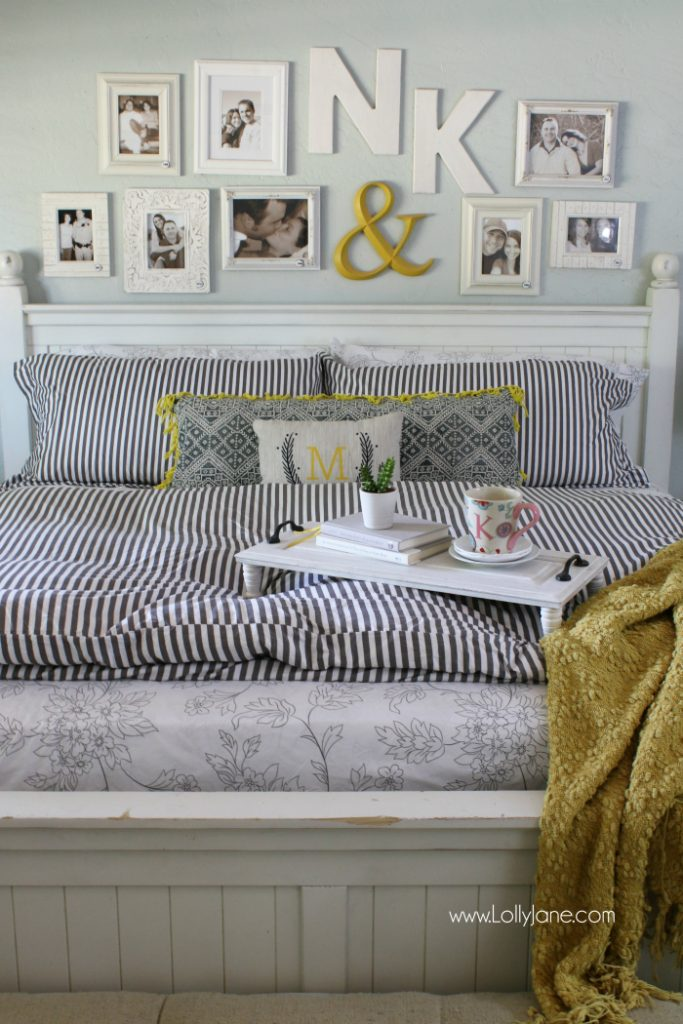 IntelliBED mattress review | Check out this cute master bedroom complete with an IntelliBED mattress! Such cozy masterbedroom decor. Love this mattress with Gel Matrix technology for healthy sleep, good posture support and pressure point relief!