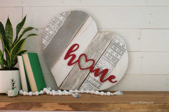 home stenciled pallet heart home decor