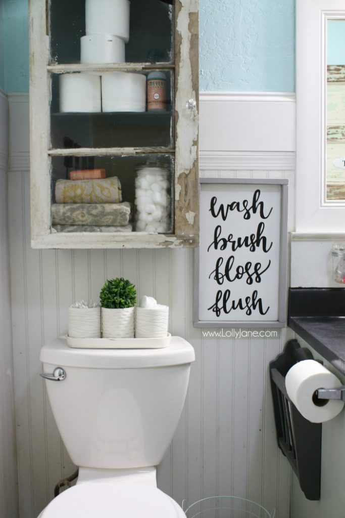 Love this bathroom makeover. You don't need to spend a lot of money to make a difference in your bathroom makeover!