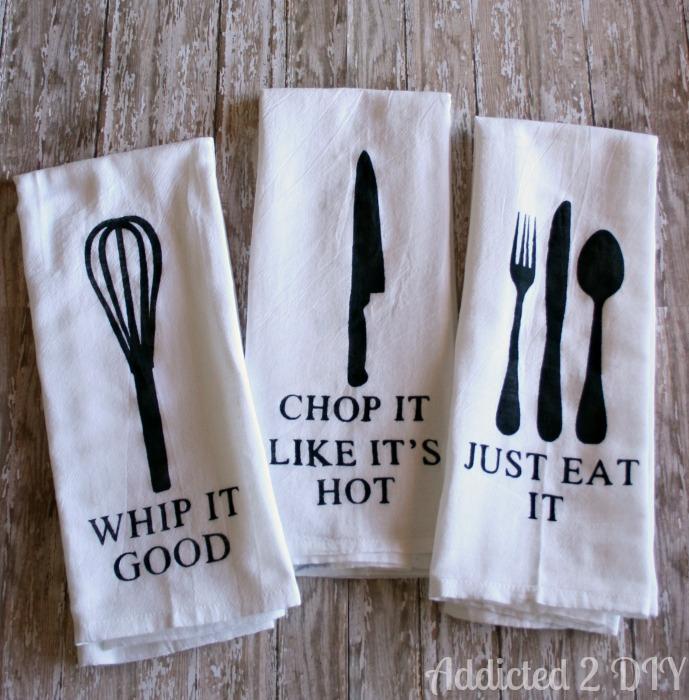 How to make these darling hand painted kitchen towels, so cute! Love these painted towels using a Silhouette Cameo!