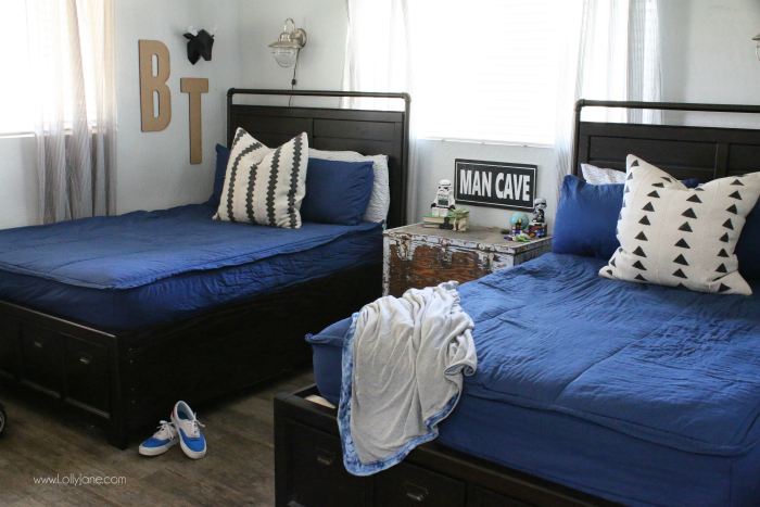 Spectacular Loving these matching full size beds in this small boys shared bedroom Clever zipper bedding
