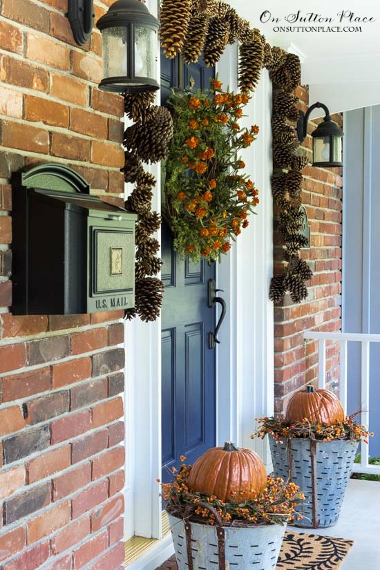 Different Ways To To Decorate For Fall Using Olive Buckets - 9 diy thanksgiving front door decor ideas