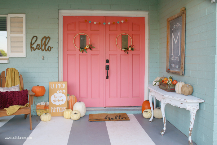 fall porch decorating ideas with pumpkins