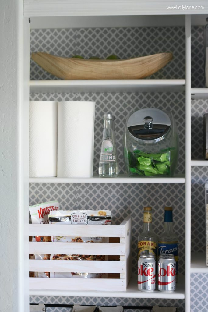 Cute and fresh pantry makeover, in under $10 in 30 minutes!