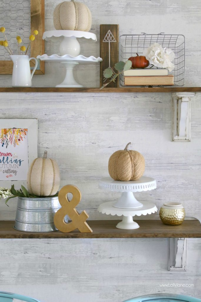 Great farmhouse dining room with simple touches of fall!