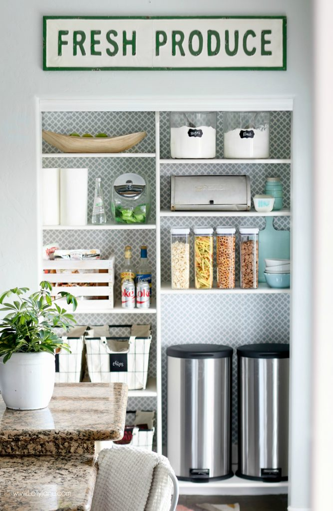 Easy pantry faux wallpaper makeover - Cute and cheery pantry! Great tips to organize your pantry and keep it organized!