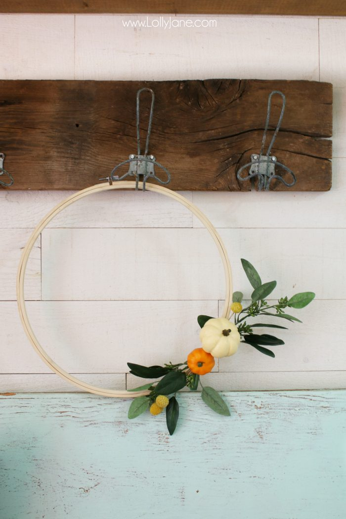 Love this easy fall hoop art! Such an inexpensive fall wreath idea! Love this easy fall decor!