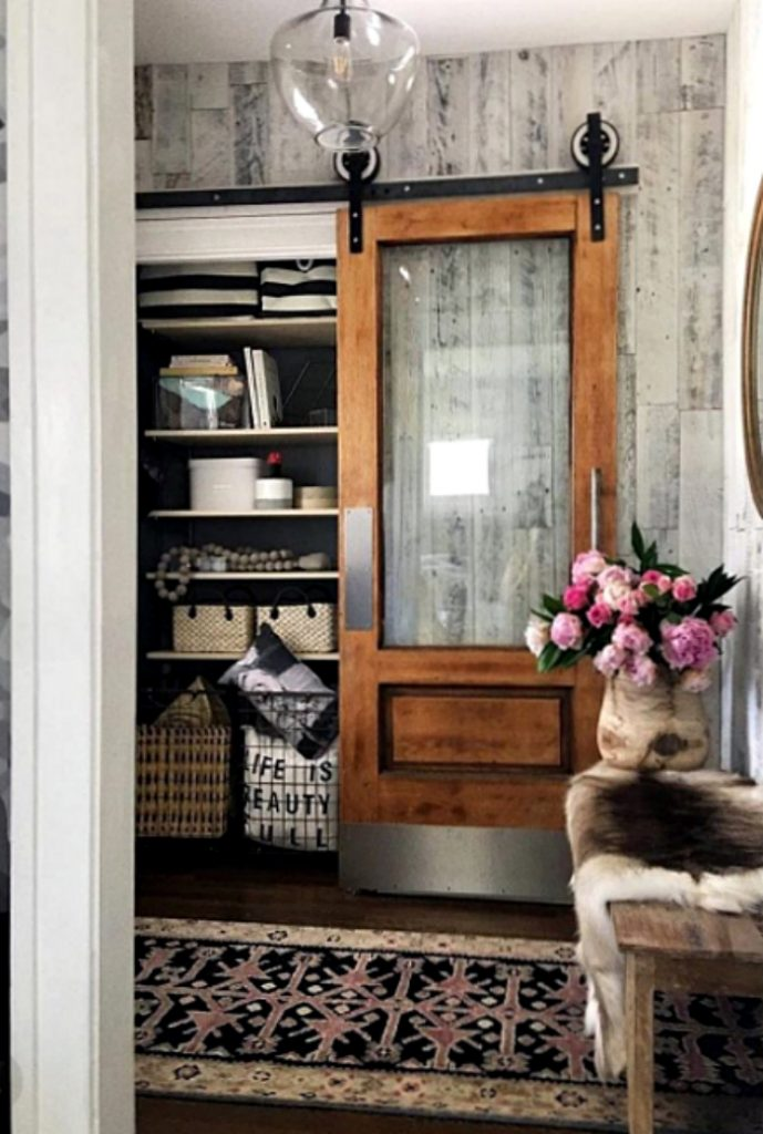 Check out this awesome entryway decor! Add peel and stick Reclaimed Weathered Grey Stikwood, love this reclaimed wood entryway!