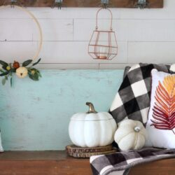 how to decorate your entryway beautifully for fall