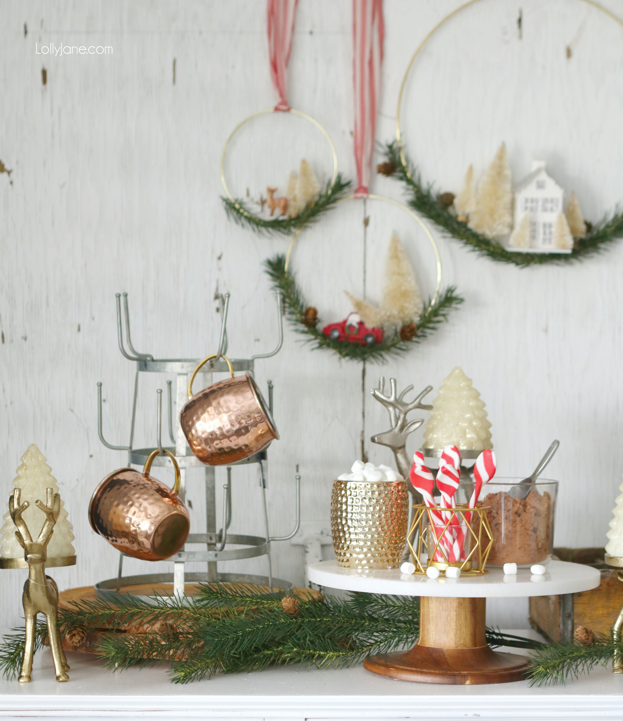 Easy Rustic Glam Hot Chocolate Station, perfect station to grab and go! Love this setup to leave up all season!