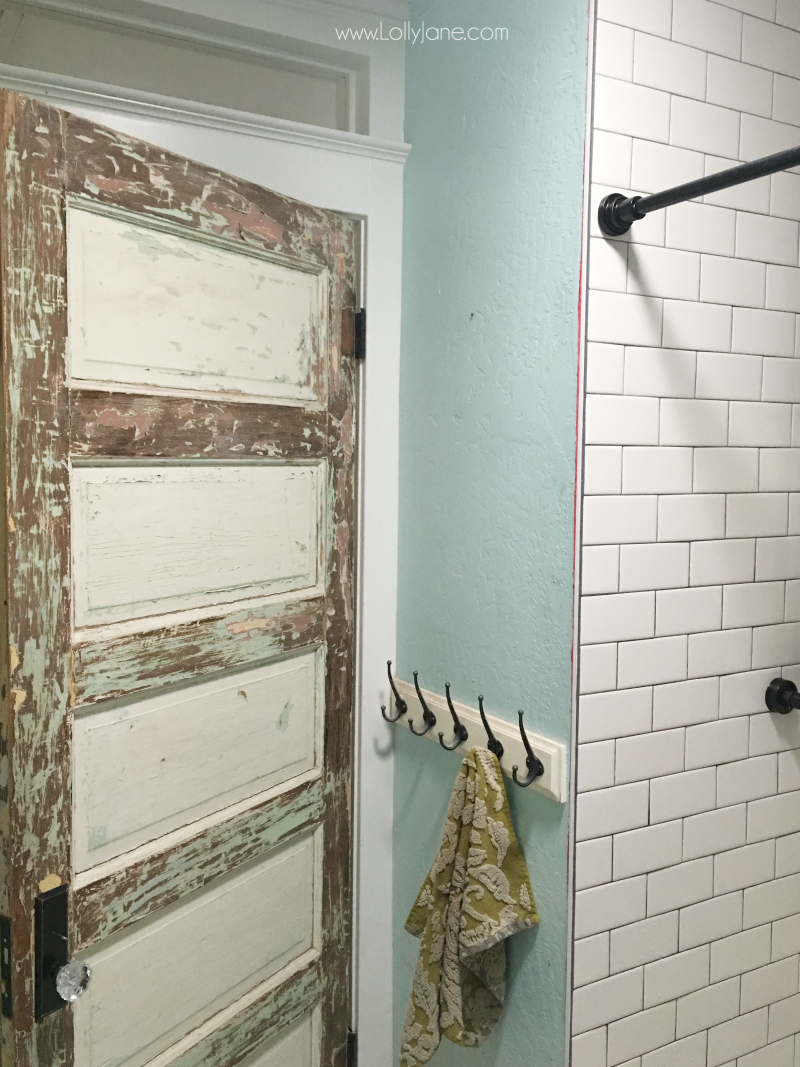 Farmhouse bathroom renovation before pictures: you've got to check out these farmhouse bathroom renovation after pictures!! Love this easy to install shiplap and mint vanity from a dresser!