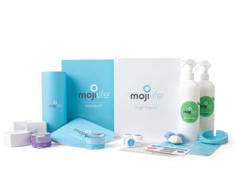 Plus MojiLife distributor kit | Love this awesome AirMoji with amazing air fresheners that won't make a mess, drip, soy and gluten free!