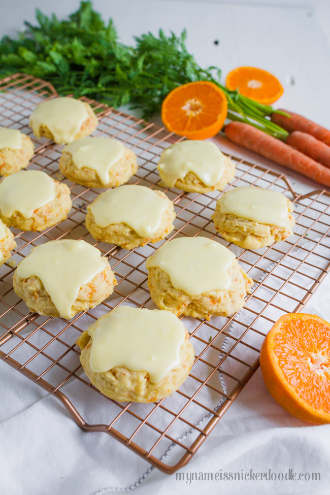Such yummy carrot cookies with orange icing. Love this easy to make carrot cookie recipe with an orange icing glaze frosting, YUM!