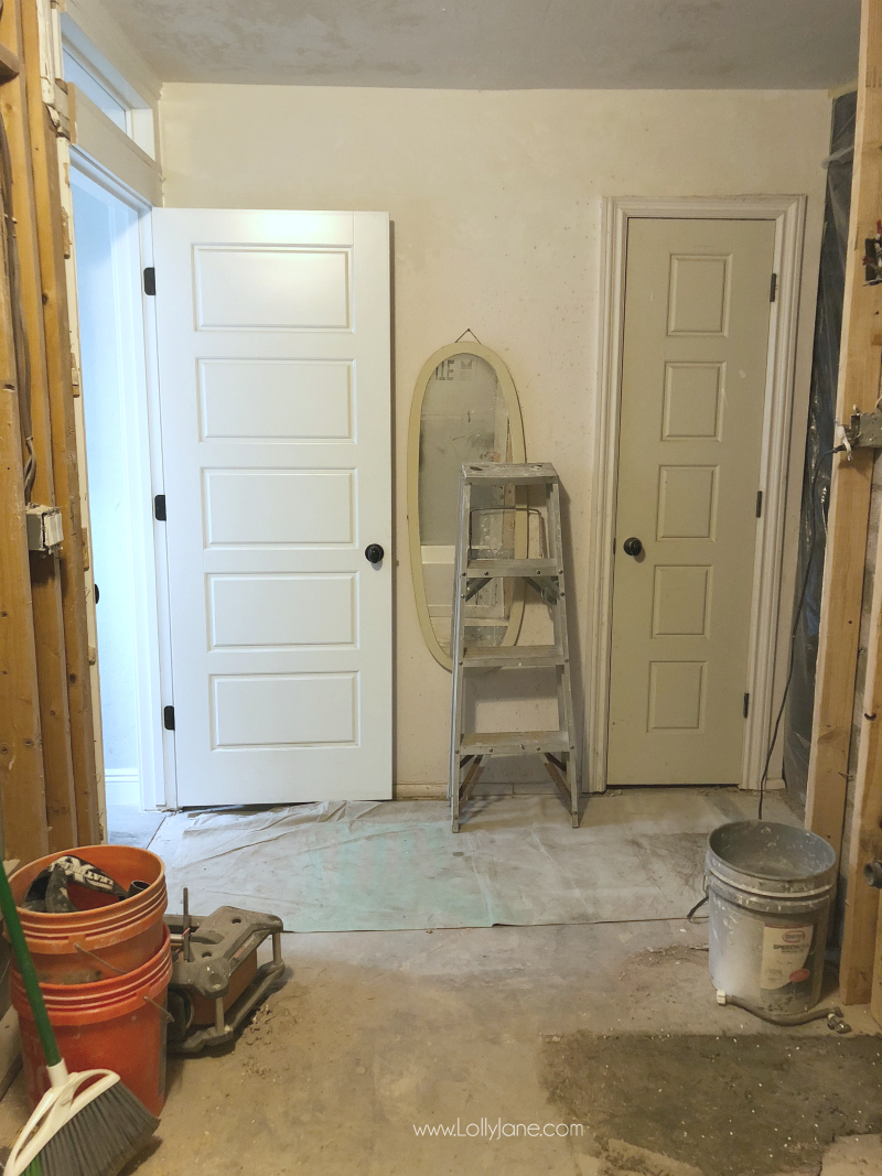 Bathroom farmhouse remodel. This future glam farmhouse bathroom with a pink vanity and gold hardware will be so cute!