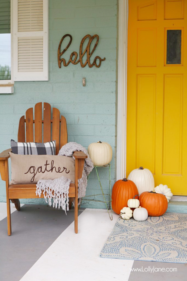 Over 30 ways to get your exterior ready for fall. Love these easy tips to get your home fall ready, cleaning tips and decor tips and practical tips to get your house fall ready! #falldecor #falltips #preparednesstips #winterizeyourhome #falldecorideas