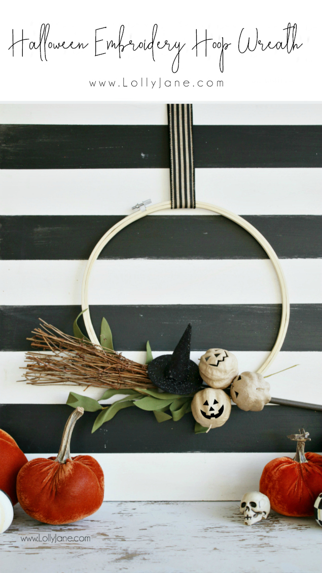 Check out this easy tutorial for simple Halloween decorations this year! Loving this DIY Halloween embroidery hoop wreath. You just need a few supplies to create your own Halloween wreath! #diy #diywreath #holidaydecor #halloween #halloweenwreath #diydecor #halloween