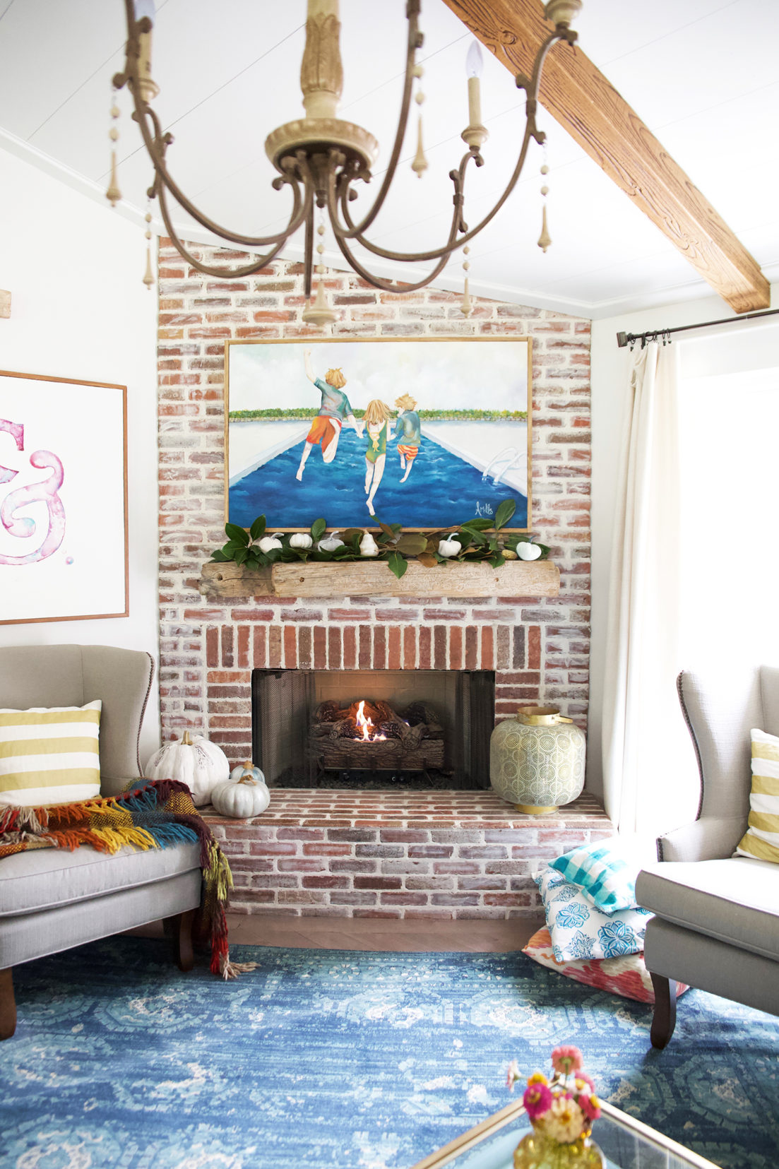 Beautiful Fall Mantel! Click to see 5 other homes decked out for fall, so festive and sure to get you in the mood for all things autumn!