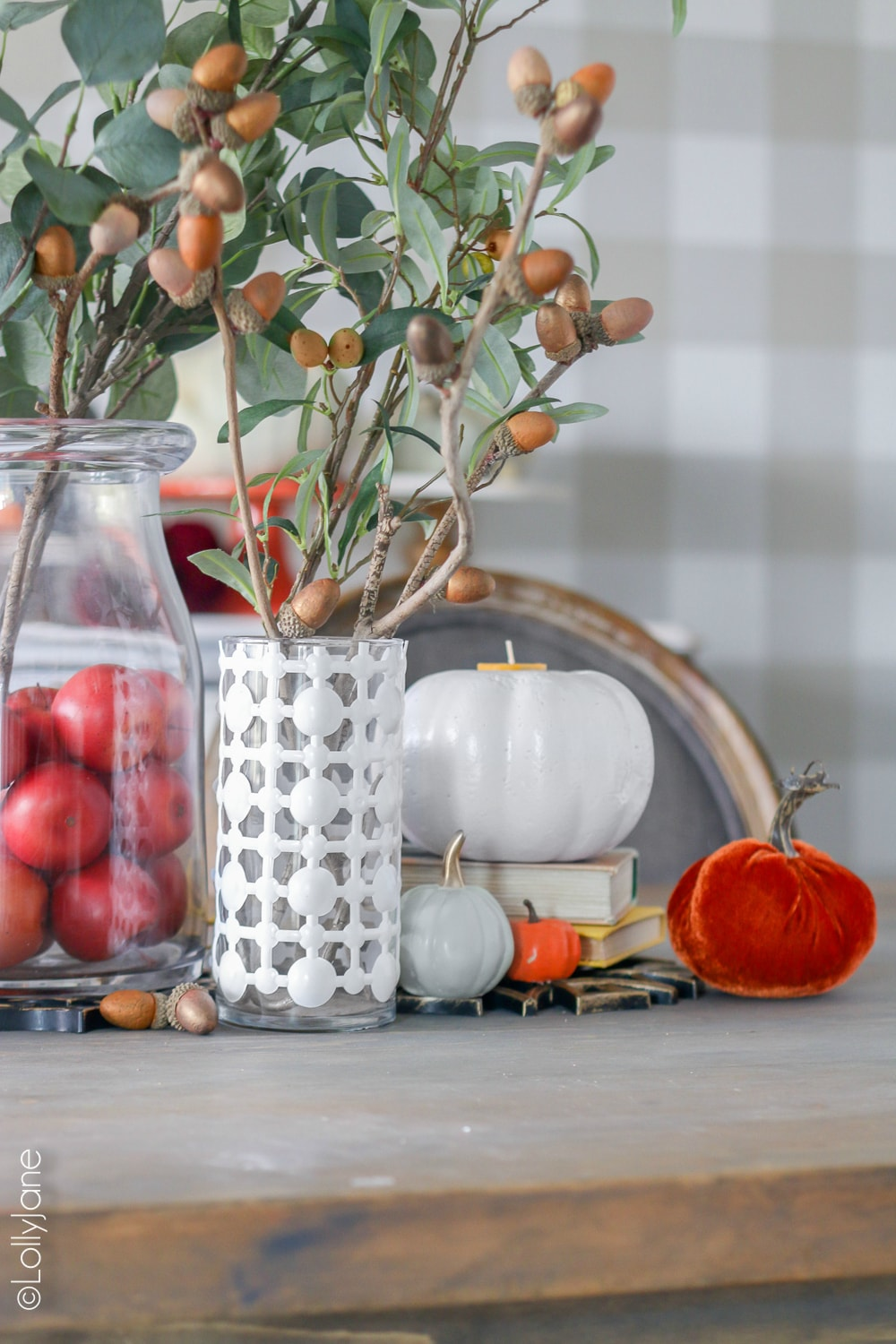 Get this high end look for pennies... most of this easy tablescape was purchased from the dollar store but looks high end! WOW! #diy #easycrafts #falldecor #falldecorations #tablescape