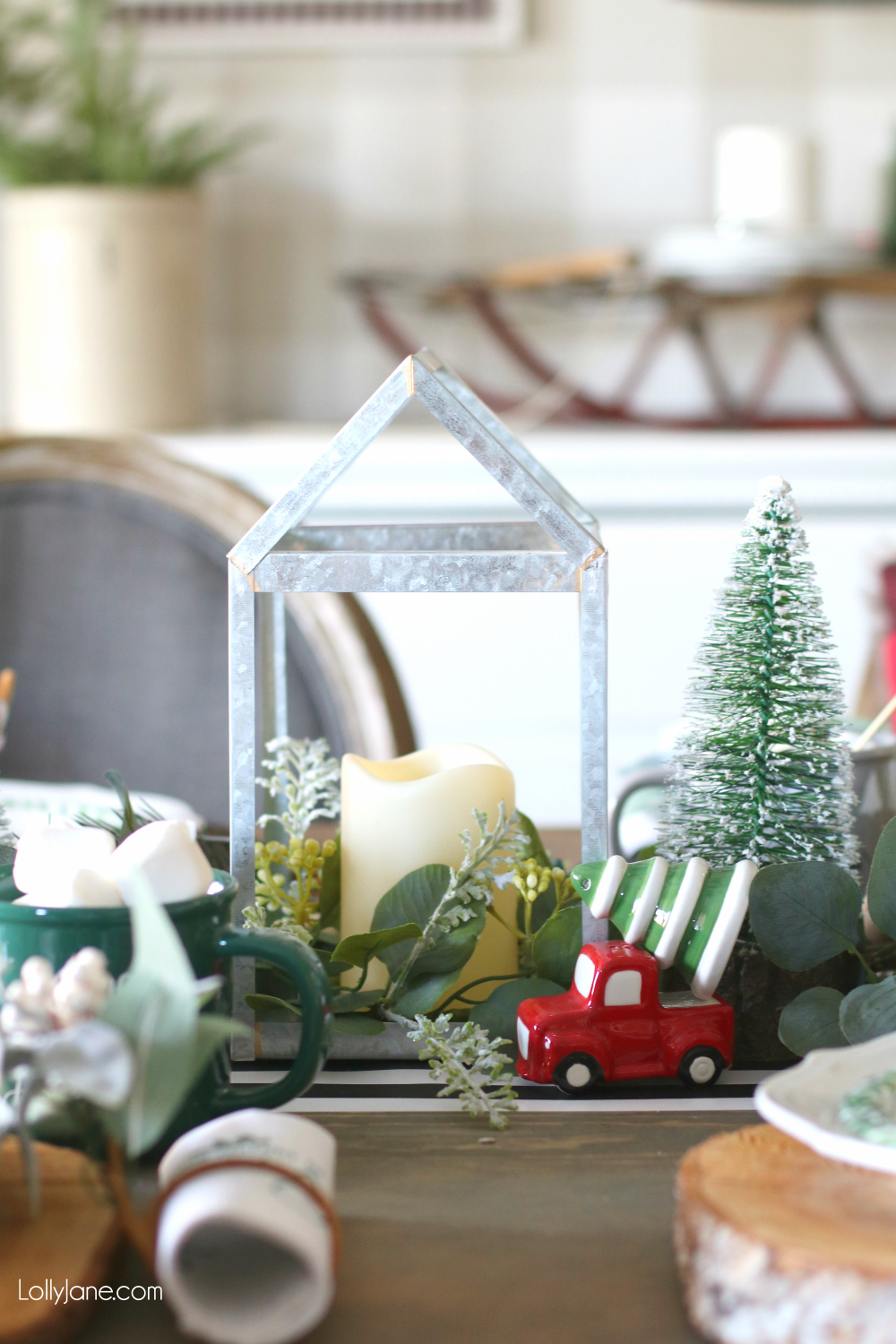 Cutest vintage truck + tree Salt+Pepper shakers! Love this whole setup ready for Christmas dinner! #christmas #christmastablescape #christmascenterpiece #centerpiece #wintertablescape #diy