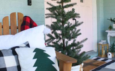 Christmas Porch Decorating Ideas & Blog Hop