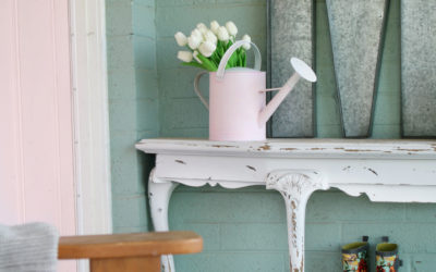 Watering Can Makeover + 26 Spring Decor Ideas