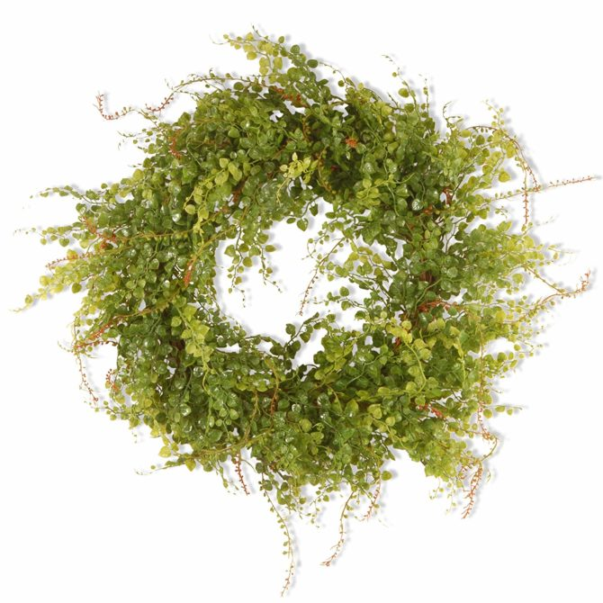 Love this berry boxwood wreath, so affordable! Easy way to add farmhouse style into your home! #boxwoodwreath #farmhousedecor #farmhouse #farmhousestyl