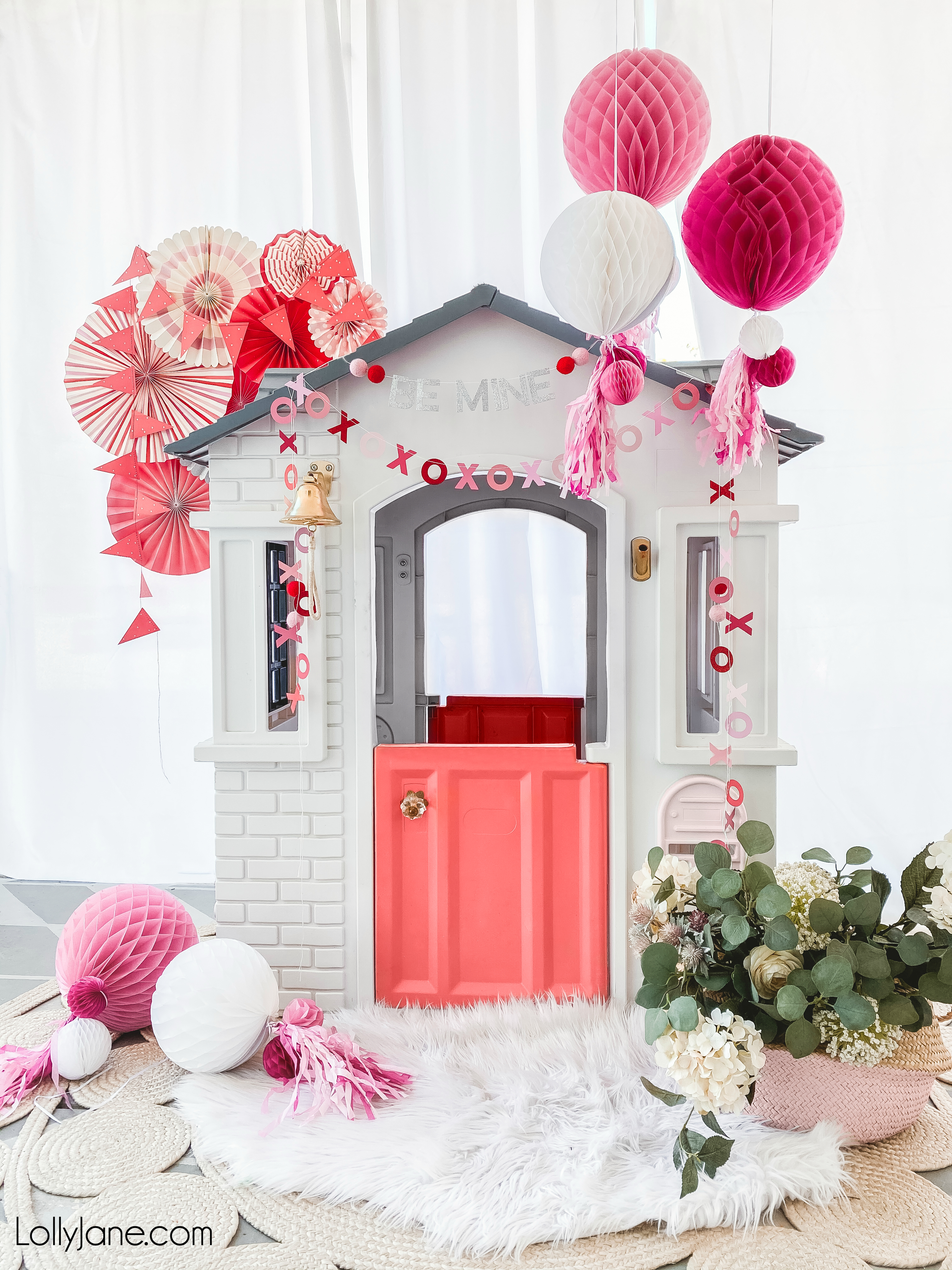 CUTEST playhouse makeover! Click to see the before AND to paint plastic like a PRO!! #playhouse #playhousemakeover #kidsspaces #pinkdoor