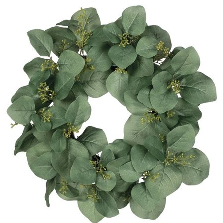 Love this larger leaf seeded eucalyptus wreath, the leaves almost look like a magnolia wreath! #magnolia #farmhouse #seededeucalyptus #farmhousewreath #farmhousestyle