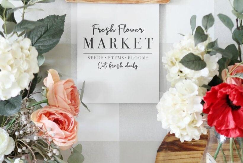 "Free Printable Art ""Fresh Flower Market"" | Perfect to print + display for a spring or summer vignette! #freeprintable #printableart"