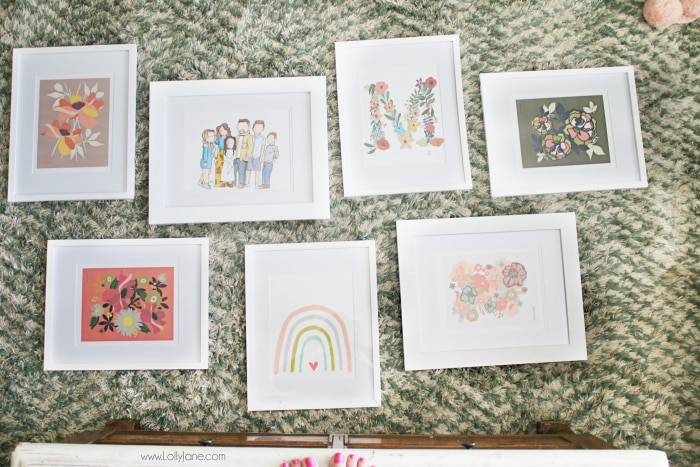 Lay out your gallery wall art frames beforehand to see where you want to place them on the wall before you make a bunch of unnecessary holes. #gallerywallprep #gallerywall #walldecor #familypictures #gallerywallideas