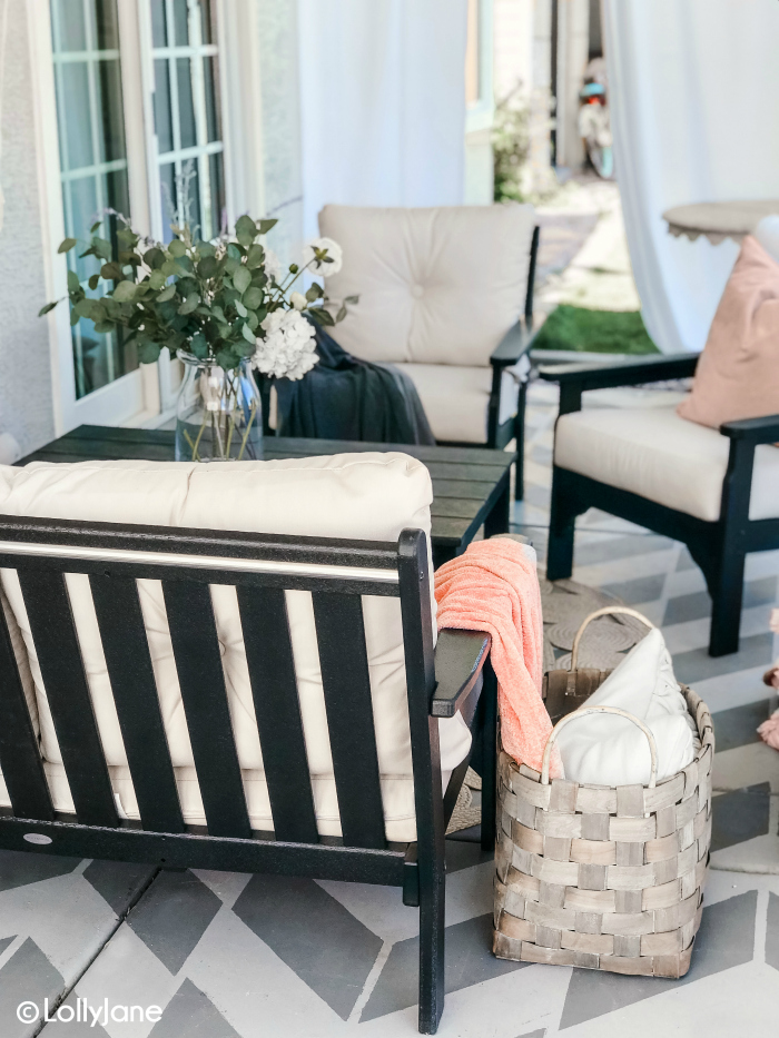 Love this cozy cottage porch furniture! This comfortable Polywood furniture is durable and stylish, the perfect family friendly set! #farmhousedecor #farmhouseporch #polywood #porchfurniture #cottagedecor