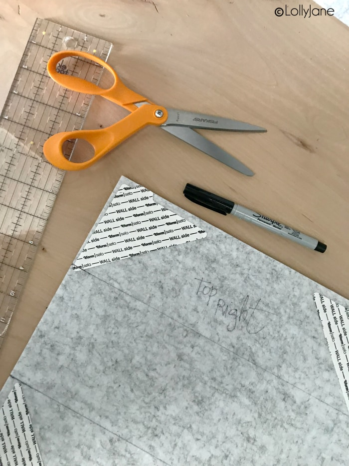 Love these felt tiles that created a modern farmhouse bulletin board in MINUTES, wow!